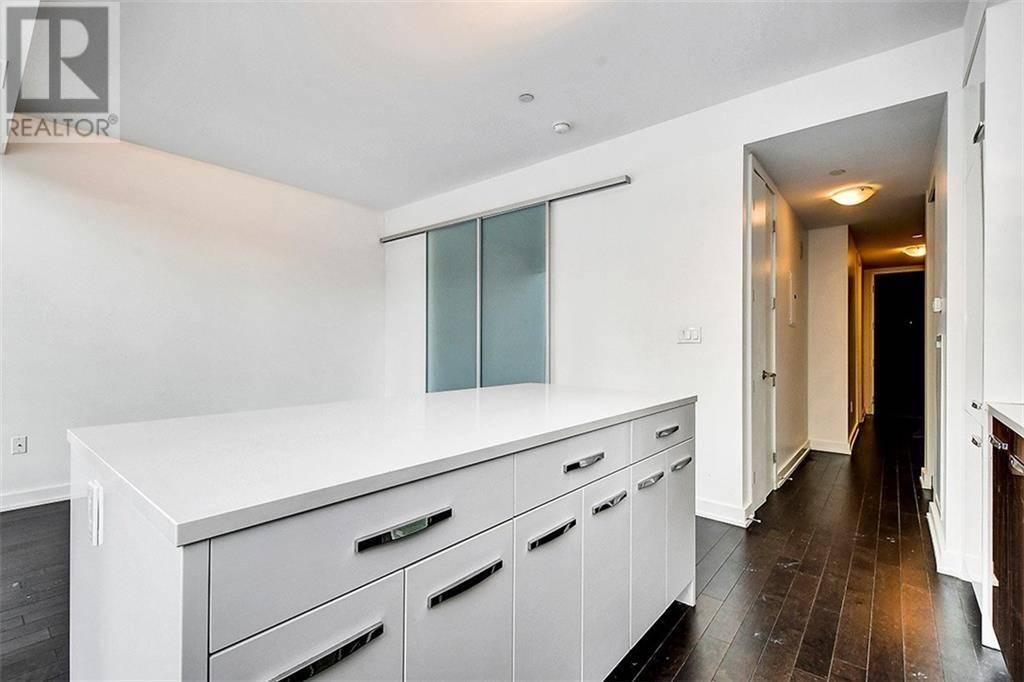 Condo for sale at 111 Champagne Ave Unit 203 Ottawa Ontario - MLS: 1181644