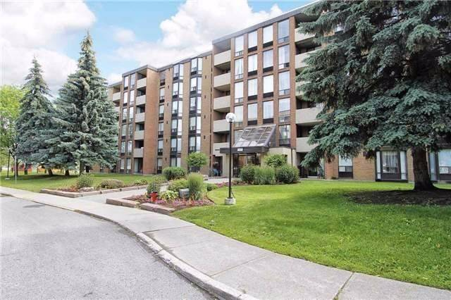 Buliding: 1535 Diefenbaker Court, Pickering, ON