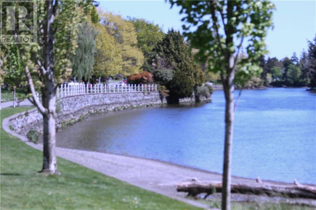Condo for sale at 280 Island Hy Unit 203 Victoria British Columbia - MLS: 411555