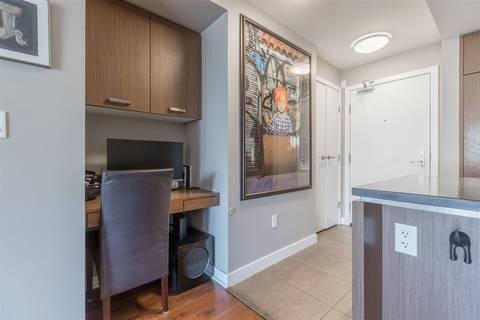 Condo for sale at 2950 King George Blvd Unit 203 Surrey British Columbia - MLS: R2396474
