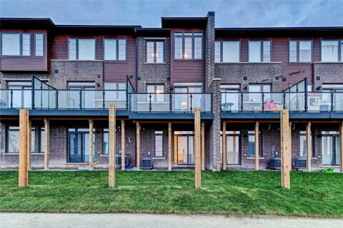 Townhouse for sale at 30 Times Square Blvd Unit 203 Hamilton Ontario - MLS: X4981785