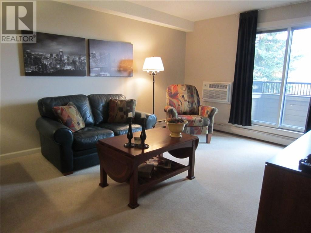 For Sale: 333 Silverwood Road, Saskatoon, SK   1 Bed, 1 Bath Condo for $159,900. See 12 photos!