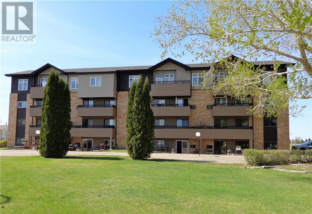 For Sale: 203 - 333 Silverwood Road, Saskatoon, SK | 1 Bed, 1 Bath Condo for $147,900. See 14 photos!