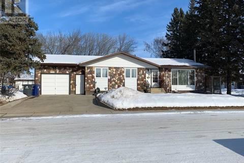 House for sale at 203 3rd Ave W Spiritwood Saskatchewan - MLS: SK800110
