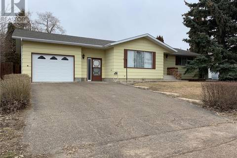 House for sale at 203 3rd St W Delisle Saskatchewan - MLS: SK777737