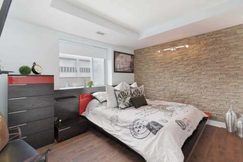 Condo for sale at 44 Bond St Unit 203 Oshawa Ontario - MLS: E4909639
