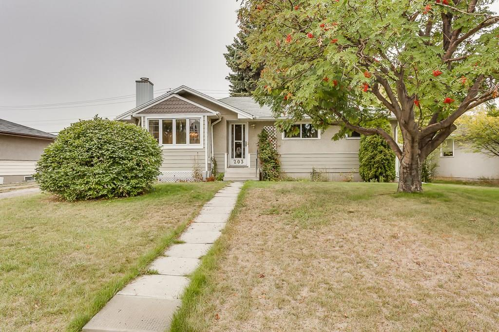 Removed: 203 47 Street Southeast, Forest Heights Calgary,  - Removed on 2018-11-11 04:21:21