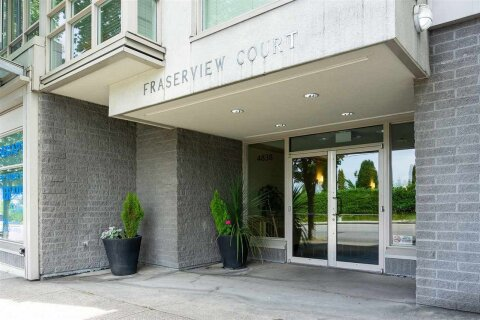 Condo for sale at 4838 Fraser St Unit 203 Vancouver British Columbia - MLS: R2500692