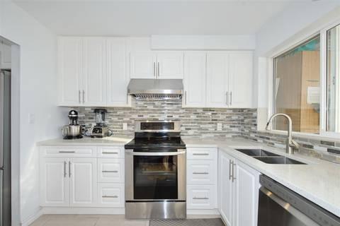 Condo for sale at 688 56th Ave E Unit 203 Vancouver British Columbia - MLS: R2412238