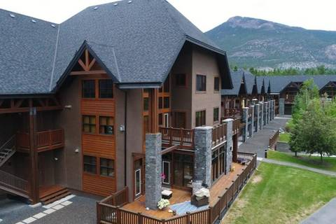 Townhouse for sale at 880 Lakeview Dr Unit 203 Windermere British Columbia - MLS: 2438301