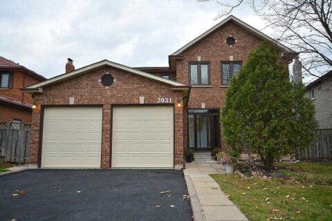 House for sale at 2031 Grosvenor St Oakville Ontario - MLS: W4996148