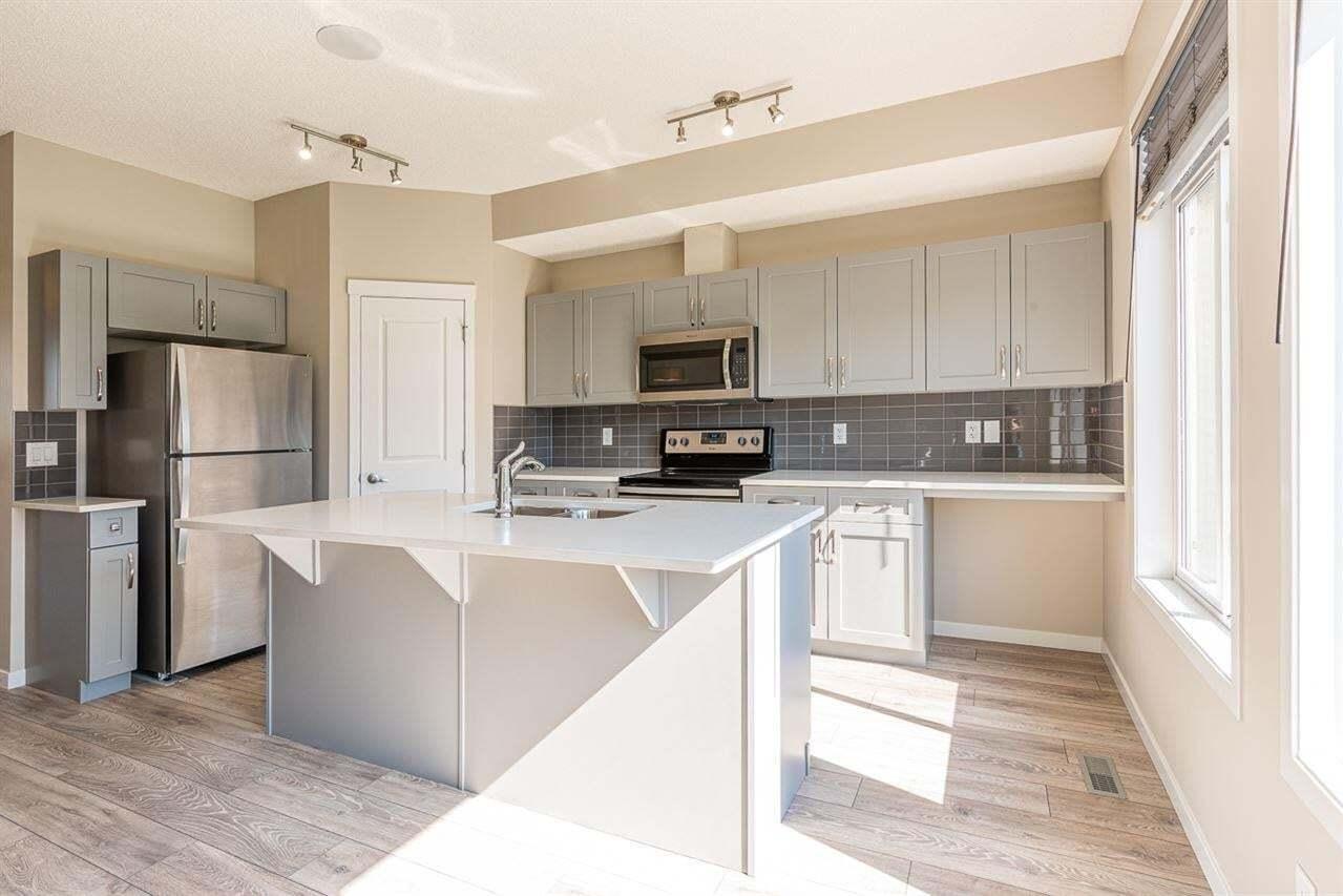 House for sale at 2035 52 St SW Edmonton Alberta - MLS: E4205841