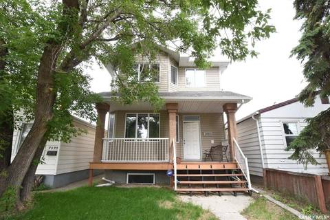 House for sale at 2035 Francis St Regina Saskatchewan - MLS: SK779342
