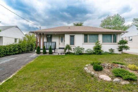 House for sale at 2035 Hindhead Rd Mississauga Ontario - MLS: W4827152