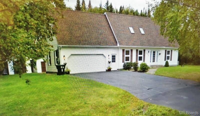 House for sale at 2035 Osprey  Bathurst New Brunswick - MLS: NB041749
