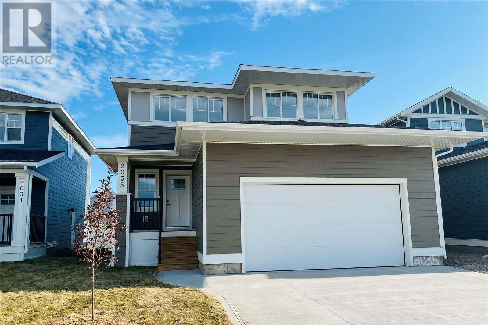 House for sale at 2035 Stilling Ln Saskatoon Saskatchewan - MLS: SK821136