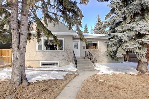 House for sale at 2036 51 Ave Southwest Calgary Alberta - MLS: C4292354