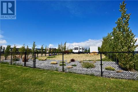 Residential property for sale at 10046 Township Rd Unit 204 Rural Ponoka County Alberta - MLS: ca0157664