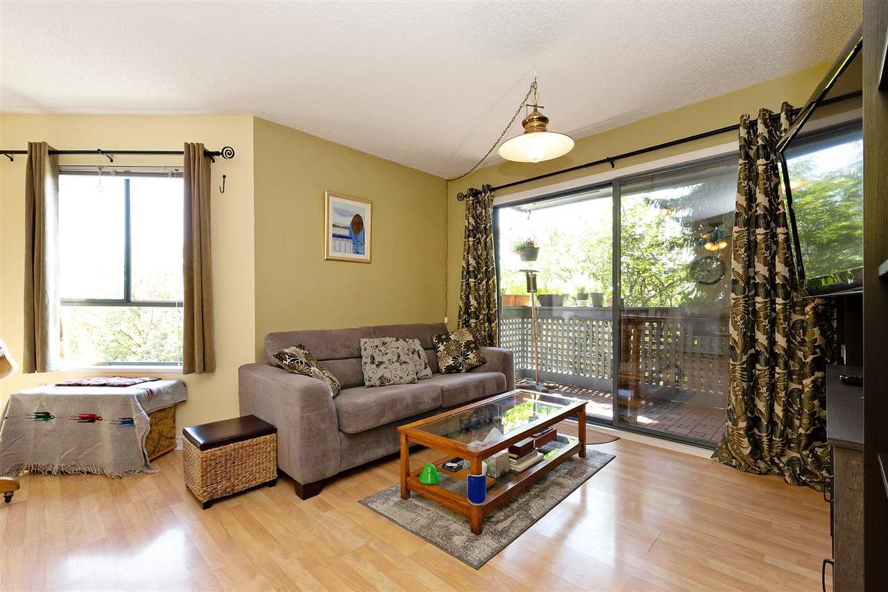 Removed: 204 - 109 Tenth Street, New Westminster, BC - Removed on 2020-07-27 23:48:04
