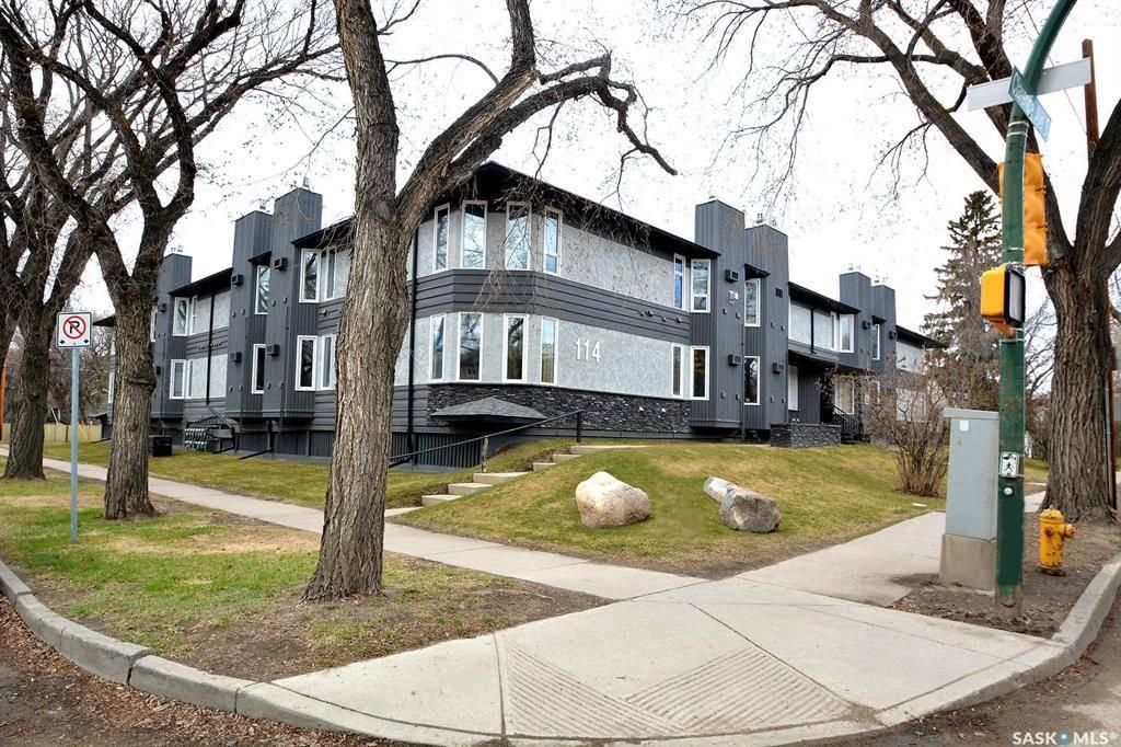 Buliding: 114 Clarence Avenue South, Saskatoon, SK