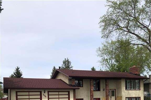 House for sale at 204 12 Av SW Old Rodeo Grounds, High River Alberta - MLS: C4299765