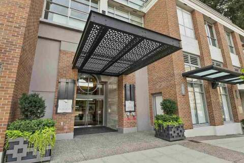Condo for sale at 15152 Russell Ave Unit 204 White Rock British Columbia - MLS: R2486813
