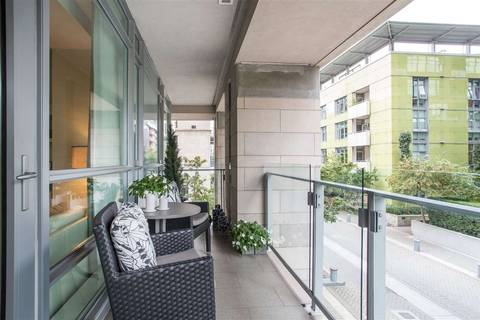 Condo for sale at 1616 Columbia St Unit 204 Vancouver British Columbia - MLS: R2405058