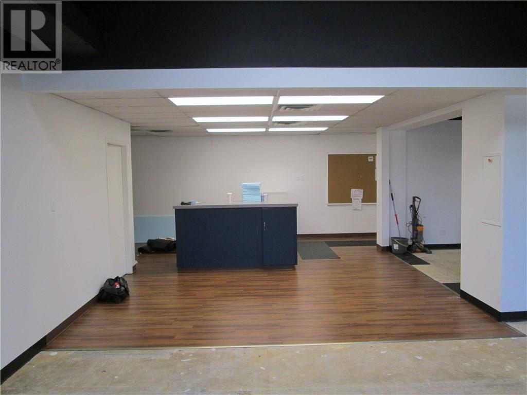 204-205 - 7803 50 Avenue, Red Deer   Image 2