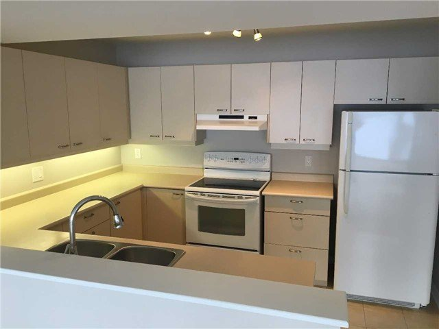 For Rent: 204 - 21 Kempenfelt Drive, Barrie, ON | 2 Bed, 2 Bath Home for $2,300. See 8 photos!