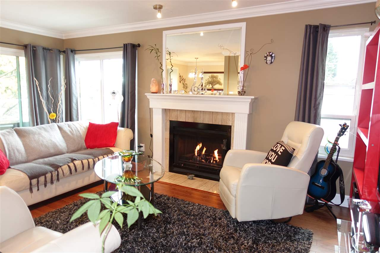 For Sale: 2615 Lonsdale Avenue, North Vancouver, BC   2 Bed, 2 Bath Condo for $549,900. See 20 photos!