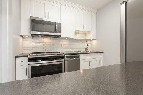 Condo for sale at 32733 Broadway St E Unit 204 Abbotsford British Columbia - MLS: R2517363