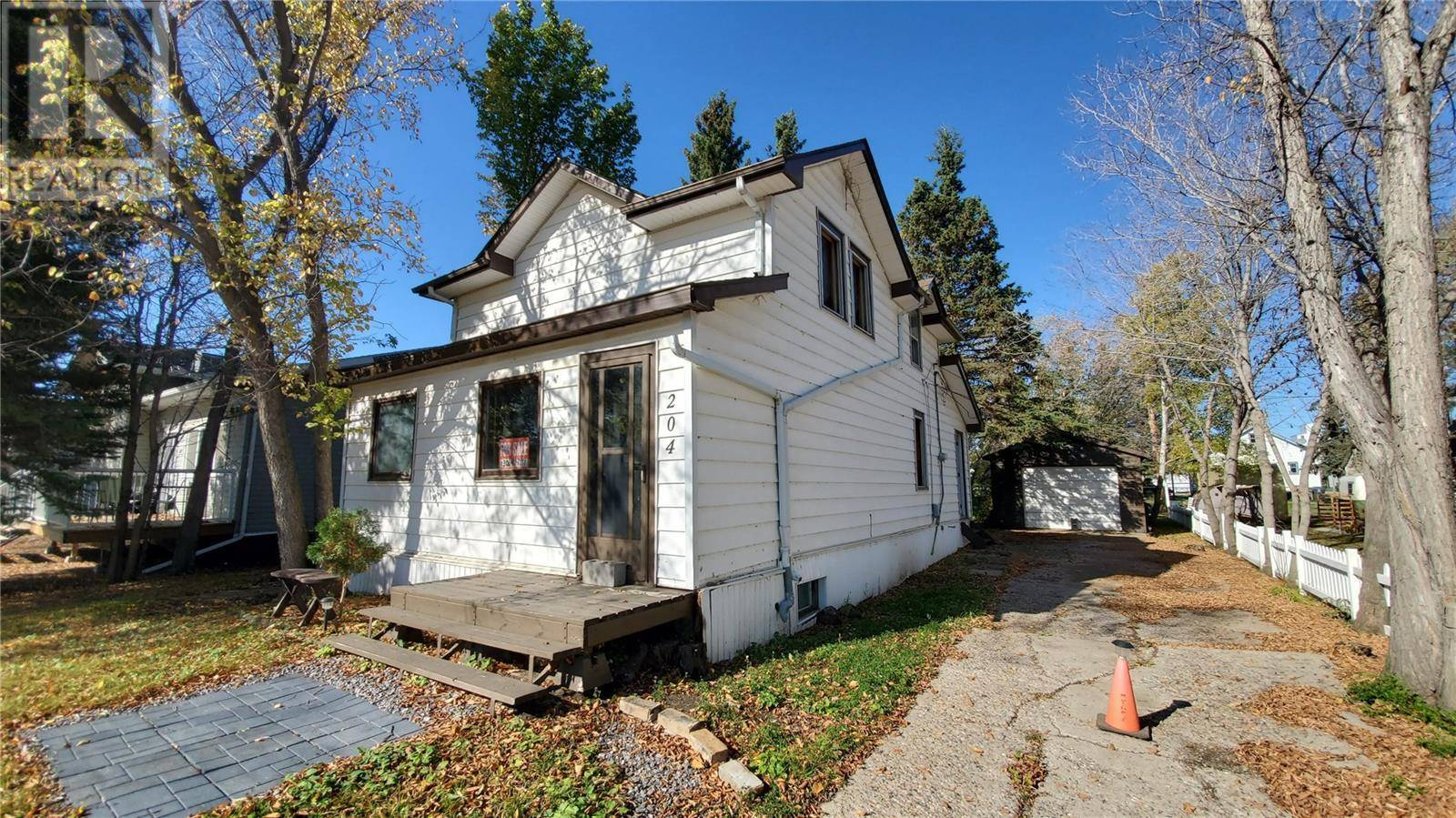House for sale at 204 3rd Ave Blaine Lake Saskatchewan - MLS: SK788332