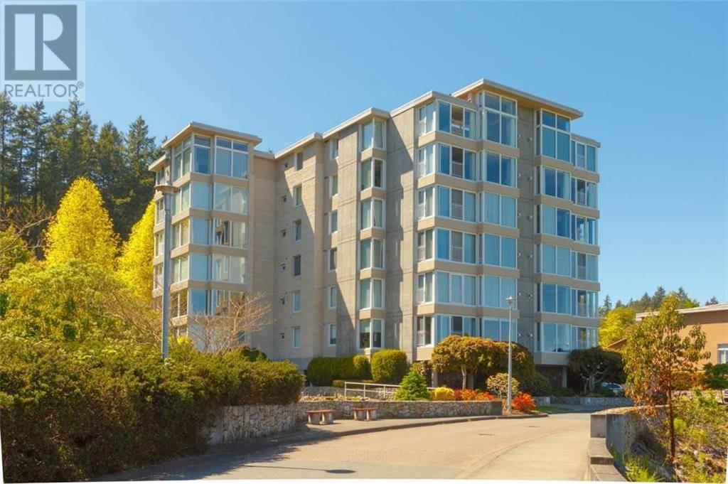 Condo for sale at 5350 Sayward Hill Cres Unit 204 Victoria British Columbia - MLS: 416202