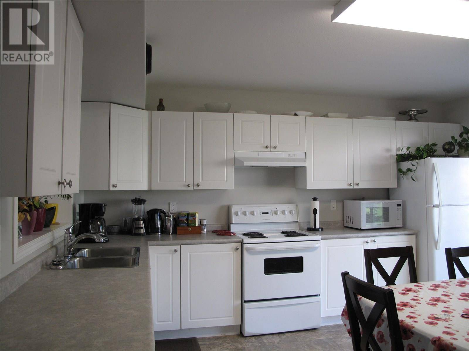 Townhouse for sale at 663 Beckett Cres Unit 204 Saskatoon Saskatchewan - MLS: SK782765