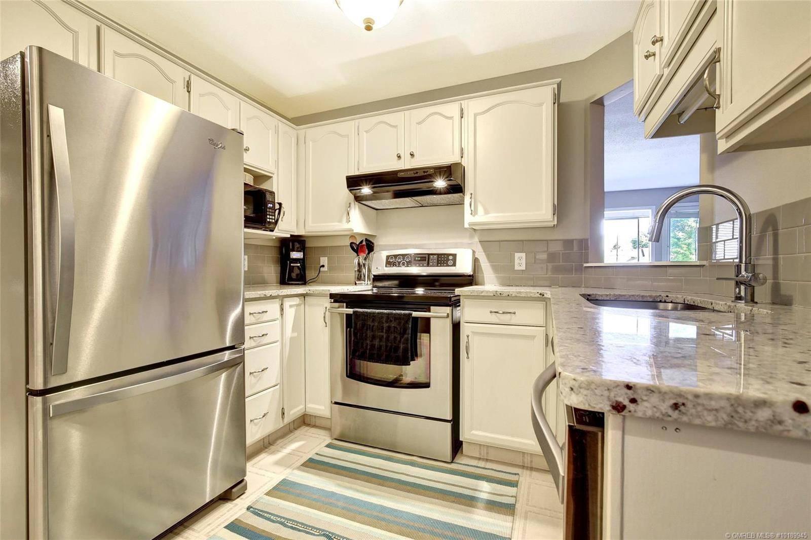 Condo for sale at 797 Leon Ave Unit 204 Kelowna British Columbia - MLS: 10189945