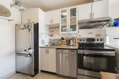 Condo for sale at 8140 Colonial Dr Unit 204 Richmond British Columbia - MLS: R2406786