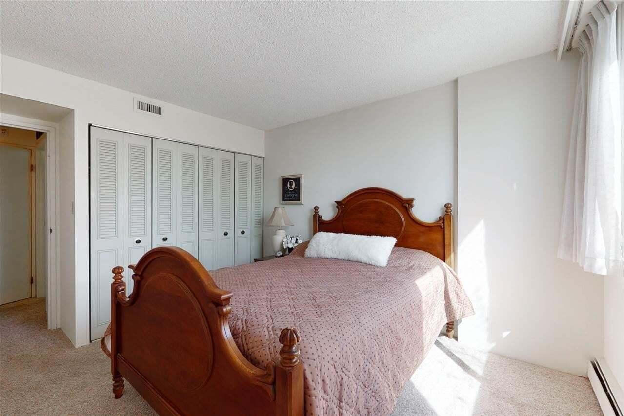Condo for sale at 9909 104 St NW Unit 204 Edmonton Alberta - MLS: E4196334
