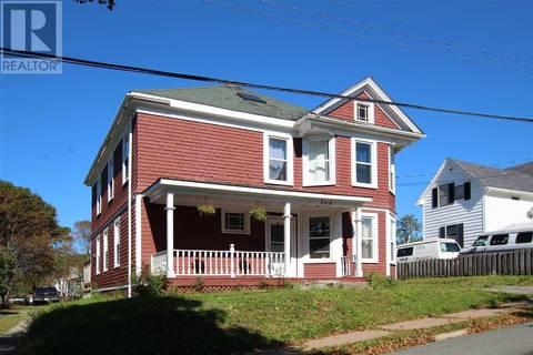 House for sale at 204 Acadia St New Glasgow Nova Scotia - MLS: 201906789