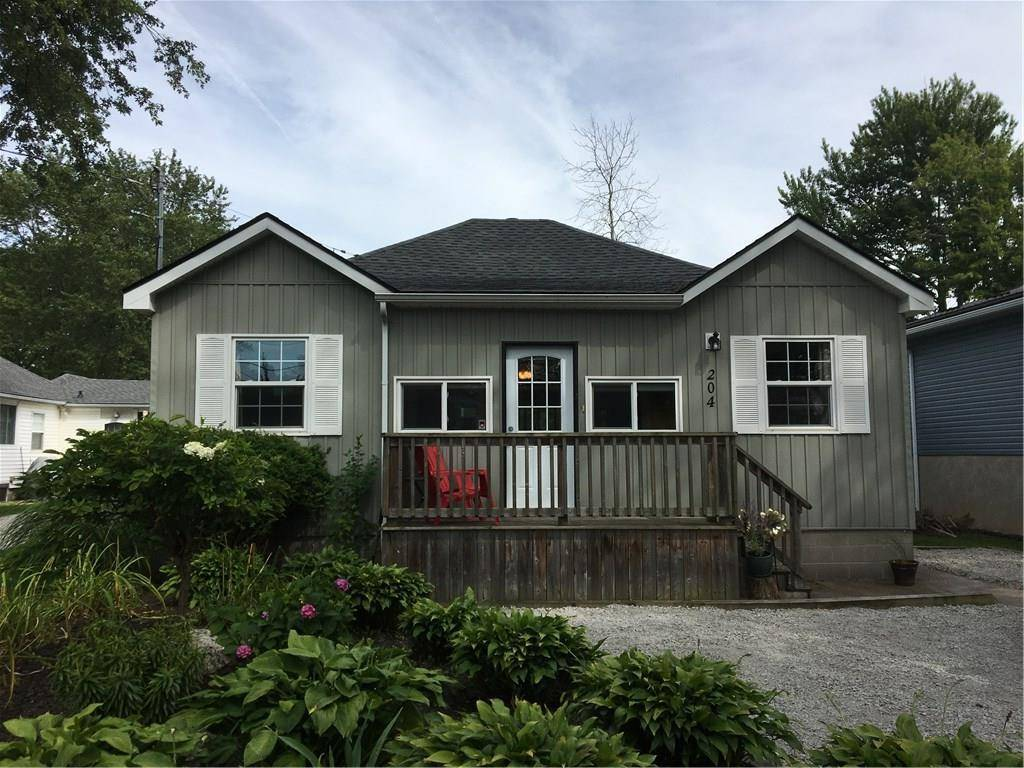 House for sale at 204 Beechwood Ave Crystal Beach Ontario - MLS: 30804499
