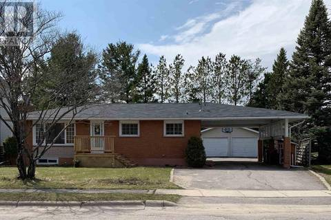 House for sale at 204 Meadow Park Cres Sault Ste. Marie Ontario - MLS: SM124231