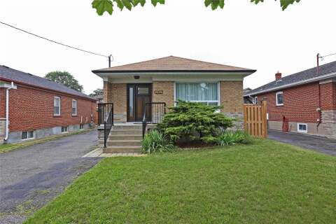 House for sale at 204 North Carson St Toronto Ontario - MLS: W4857035