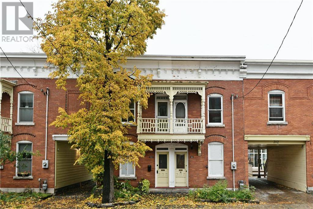 Townhouse for sale at 204 Patrick St Ottawa Ontario - MLS: 1174258