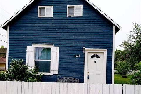 House for sale at 204 Thompson St Herbert Saskatchewan - MLS: SK767882