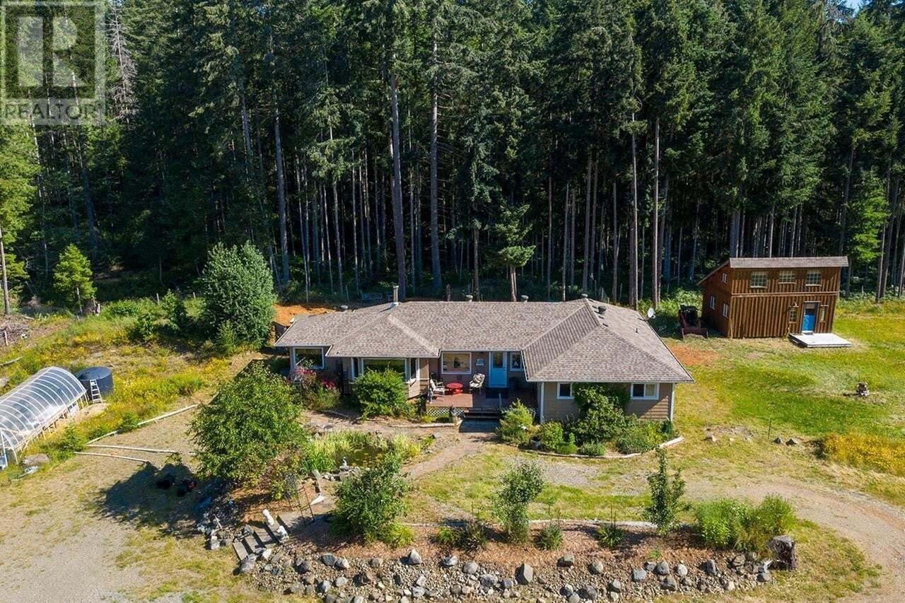 House for sale at 2040 Dzini  Black Creek British Columbia - MLS: 844112