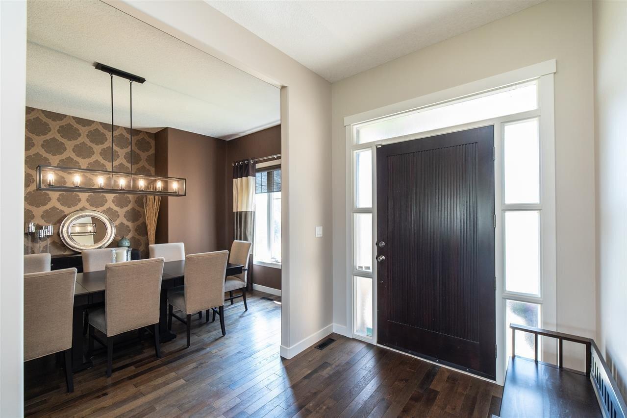 20408 5 Avenue SW, Edmonton | Image 2
