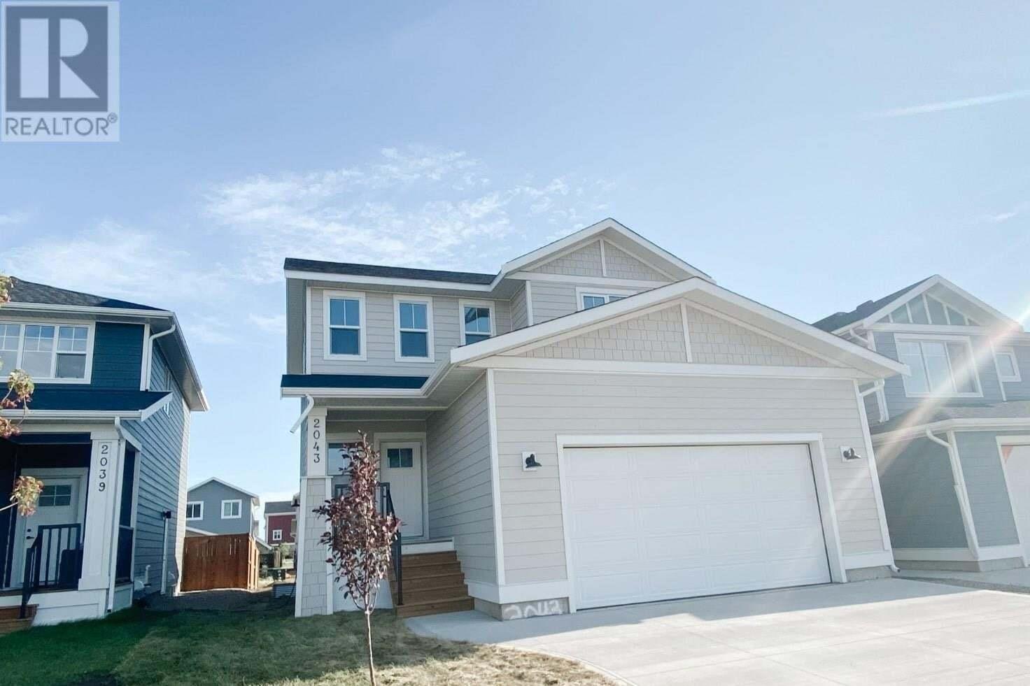 House for sale at 2043 Stilling Ln Saskatoon Saskatchewan - MLS: SK821144