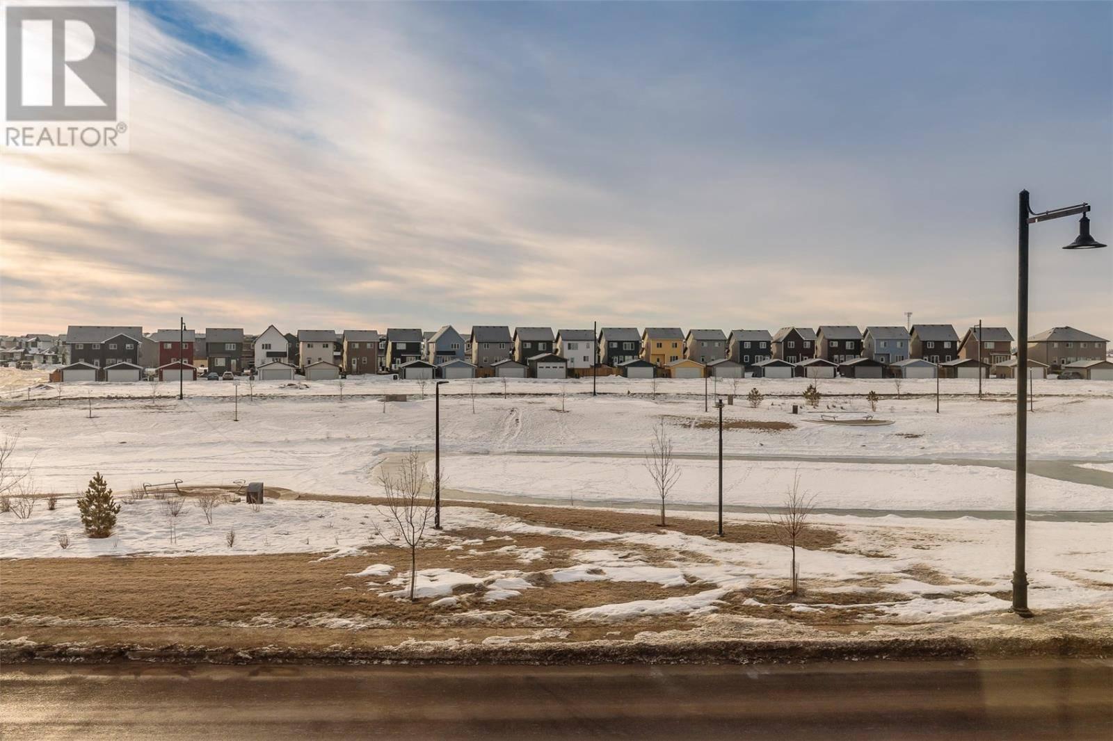 2044 Brighton Cmn , Saskatoon   Image 2