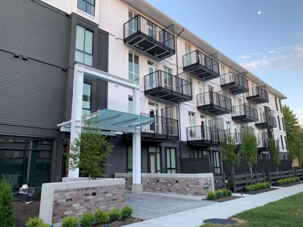 Removed: 205 - 10168 149th Street, Surrey, BC - Removed on 2019-09-12 05:45:06