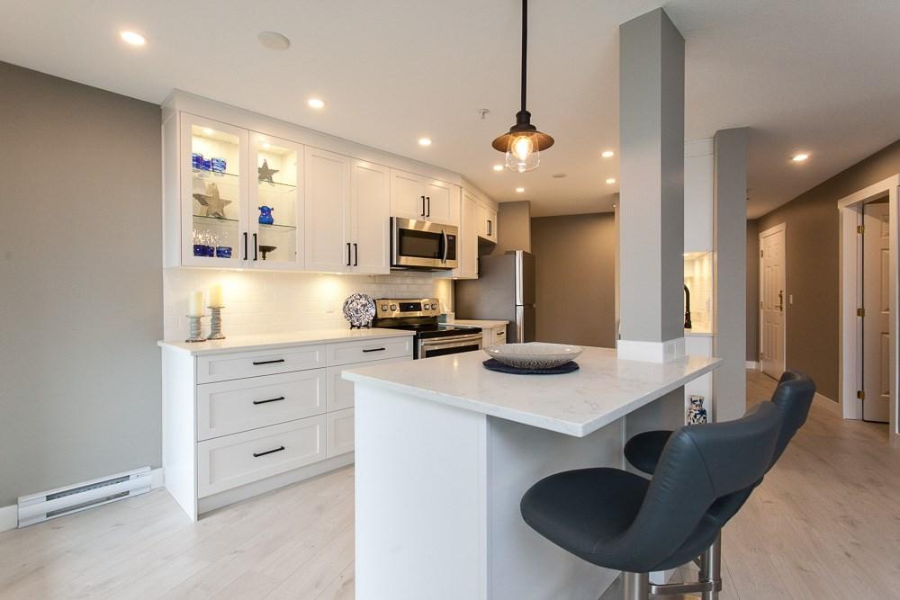 Sold: 205 - 15150 29a Avenue, Surrey, BC