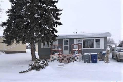 House for sale at 205 1st St N Cabri Saskatchewan - MLS: SK797390